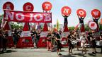 Der erste Beschäftigungsgipfel fand im Juli 2013 in Berlin statt. Junge Arbeitslose aus ganz Europa demonstrierten damals, und die duetsche Bundeskanzlerin sagte: «Geld allein wird das Problem nicht lösen».