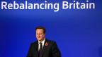 Der britische Premier Cameron wettert gegen Europa - an einem Internet-Fernsehsender, noch vor seinem Auftritt im Unterhaus.