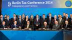 Die Teilnehmerinnen und Teilnehmer der Berliner Steuerkonferenz beim Gruppenbild.