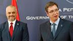 Der albanische Premier Edi Rama und sein serbischer Amtskollege Aleksandar Vucic an der gemeinsamen Pressekonferenz in Belgrad.