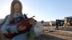 Maria-Statue vor einem Zeltlager von irakischen Christen in der Nähe von Erbi