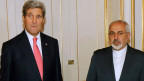 US-Aussenminister John Kerry (links) und der iranische Aussenminister Javad Zarif in Wien am 23. November 2014.