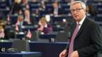 Jean-Claude Juncker, Präsident der Europäischen Kommission, präsentiert  dem Parlament einen Plan für Wachstum, Beschäftigung und Investitionen in Strassburg am 26. November  2014.