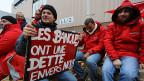 Streikende vor einem Betrieb der Autofabrik Audi in der belgischen Hauptstadt Brüssel.