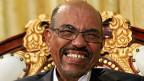 Sudans Präsident Omar al-Bashir gehört zu den Angeklagten. Er frohlockt nun: Der ICC habe die Hand gegen sein Volk erhoben und sei damit kläglich gescheitert.