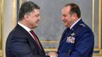 Der ukrainische Präsident Poroschenko Ende November mit Nato-General Breedlove.