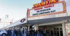 Dutzende Kinos in den USA haben den umstrittenen Film «The Interview» am Weihnachtstag gezeigt.
