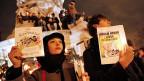 Tausende haben sich am Mittwoch Abend auf der Place de la République in Paris zu Trauer- und Protestkundgebungen versammelt.