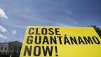 US-Präsident Obama will mit einer neuen Taktik das Gefangenenlager schliessen.