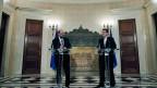 Der griechische Premierminister Alexis Tsipras, rechts, und Präsident des Europäischen Parlaments, Martin Schulz (links), an einer Pressekonferenz nach dem Treffen in Villa Maximos in Athen, Donnerstag, 29. Januar 2015.