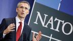 Nato-Generalsekretär Jens Stoltenberg informiert die Medien über die Aufstockung der schnellen Eingreiftruppen.