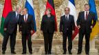 Sie haben sich auf eine Waffenruhe im Donbass geeinigt. Auf dem Bild aus Minsk: Gastgeber Alexander Lukaschenko, Wladimir Putin, Angnela Merkel, François Hollande und Petro Poroschenko.