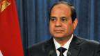 Der ägyptische Präsident al-Sisi informiert über Luftangriffe auf IS-Stellungen in Libyen.