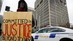 Nach dem Vorfall Ende Auugust in Ferguson, Missouri, gab es im ganzen Land immer wieder Proteste gegen übermässige Polizeigewalt vis-à-vis von Afroamerikanern.
