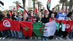 Demonstrierende TeilnehmerInnen des Weltsozialforums in Tunis