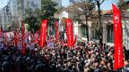 Mitglieder der patriotischen Partei leugnen die Massenmorde an den Armeniern durch die Türken. Istanbul, 24. April 2015.