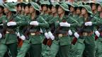 Die Parade in der vietnamesischen Hauptstadt Ho Chi Minh City - ehemals Saigon - zum 40. Jahrestag des Siegs gegen Südvietnam und die USA.