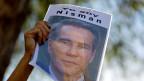 Aus dem Nichtwissen über das Ende von Alberto Nismans schlagen Buchautoren und Verlage Kapital.