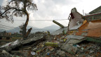 Ein vom Erdbeben zerstörtes Haus in Kathmandu. Inzwischen hat die Erde wieder gebebt. Bewohnerinnen und Bewohner von Kathmandu seien in Panik ins Freie gerannt, melden Nachrichtenagenturen.