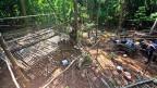Im Dschungel im Norden Malaysias hat die Polizei die Massengräber entdeckt. Bild: ein Durchgangslager der Menschenhändler.