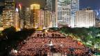 Massendemonstrationen in Hongkong: Zehntausende Menschen gedenken der Opfer des Tian'anmen-Massakers von 1989.