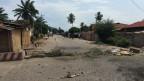 Steinwüste nach einer Strassenschlacht nach Bujumbura.