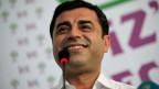 Selahattin Demirtas, Co-Vorsitzender der pro-kurdischen Partei HDP freut sich über das Wahlresultat.