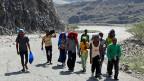 Auf der Flucht vor der Regierung sind in Eritrea sind die Menschen oft tagelang zu Fuss unterwegs.