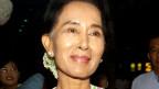 Burmas Oppositionsführerin und Friedensnobelpreisträgerin Aung San Suu Kyi ist zu ihrem ersten offiziellen Besuch in China eingetroffen.
