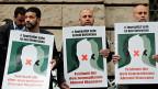 Zahlreiche Menschen haben in Berlin gegen die Verhaftung von Ahmed Mansour protestiert.