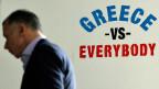 «Greece vs. Everybody», Griechenland gegen Alle, steht an einer Mauer in Athen.