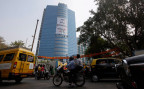 Greenpeace-Aktivisten protestieren gegen den indischen Kohleminen-Betreiber Essar Groups