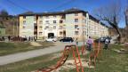 In der ehemaligen Ziegelei in Presov leben über 2000 Menschen. Die Verhältnisse sind sehr prekär.