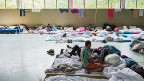 Eine Turnhalle im deutschen Ellwangen dient als «Landesaufnahmeeinrichtung für Flüchtlinge».