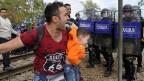 Die meisten Flüchtlinge wollen Mazedonien nur als Transitland queren und weiterreisen in die EU. Niemand will im armen Mazedonien bleiben.