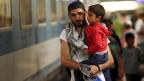 «Die Migration verhindert die Schrumpfung, aber die Zuwanderung kann die Alterung nicht stoppen; dafür bräuchten wir Jahr für Jahr drei Millionen Einwanderungen netto», sagt Bevölkerungswissenschaftler Herwig Birg.