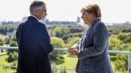Die deutsche Bundeskanzlerin Angela Merkel trifft sich mit ihrem österreichischen Amtskollegen Werner Faymann zu einem Arbeitsbesuch zum Thema Flüchtlingspolitik.