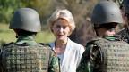 «Ich doch nicht!» Die deutsche Verteidigungsministerin von der Leyen weist Plagiatsvorwürfe entschieden zurück.