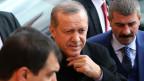 Der türkische Präsident Recep Tayyip Erdogan im Wahllokal in Istanbul, am 1. November 2015