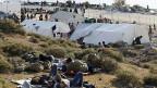 Während sich die zuständigen Behörden den Kopf zerbrechen, geht das Flüchtlingsdrama in der Ägäis ungemindert weiter.