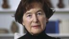 Die 78-jährige Elisabeth Kopp war als erste Frau der Schweiz war sie von 1984 bis 1989 Mitglied des Bundesrates. Ein politischer Skandal im Herbst 1988 beendete Kopps Amtszeit vorzeitig. Sie traf Helmut Schmidt einmal - eine Begegnung für immer.
