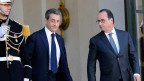 Präsident Hollande verabschiedet Nicolas Sarkozy, den Chef der französischen Oppositionspartei UMP.