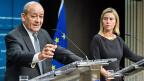 Wie weit kann die Unterstützung für Frankreich gehen, kann es sein, dass die EU Frankreich auch militärisch unterstützen müsste? Der französische Verteidigungsminister Jean-Yves le Drian und die EU-Aussenbauftragte Federica Mogherini am 17. November in Brüssel.