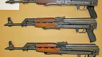 Man könne Waffen in Marseille kaufen, in Paris, in Madrid – überall wo es Kriminelle gebe. Aber Belgien sei ein spezielles Pflaster, habe im Vergleich mit den Nachbarländern ein sehr liberales Waffengesetz, sagt der Experte.