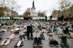 Schuhe statt Demonstration in Paris