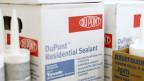 DuPont beschäftigt in der Nähe von Genf 480 seiner insgesamt 560 Schweizer Beschäftigten. Dow Chemical zählt im Kanton Zürich rund 700 Mitarbeitende.