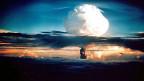 Das atomare Wettrüsten scheint nicht aufzuhalten zu sein. Archivbild: Zündung der ersten Wasserstoffbombe der USA auf den Marshall-Inseln im Pazifik – 700 Mal so stark wie die Atombombe von Hiroshima.