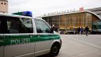 Nach den Ereignissen am Silvesterabend in Köln kann man seriöserweise nicht sagen, wer die Täter sind. Und so entfacht sich vor dem Hintergrund der Flüchtlingskrise eine Debatte - darüber, wie man die möglichen Täter benennen soll ohne andere zu diskriminieren.