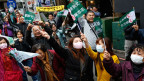 Wird die demokratische progressive Oppositionspartei das Zepter übernehmen? Bild: Unterstützer der  Wahlkampfveranstaltung vor der Wahl in Taichung, Taiwan, am 15. Januar 2016.