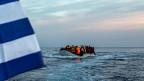 Gegenüber der Türkei gibt sich Griechenland hart: Den Anteil an den versprochenen drei Milliarden Euro für die Flüchtlingshilfe zahle man erst dann, wenn das Land sein Verhalten ändere.